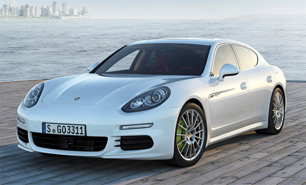 Porsche Panamera S E Hybrid is Its First Plug-In Hybrid Vehicle