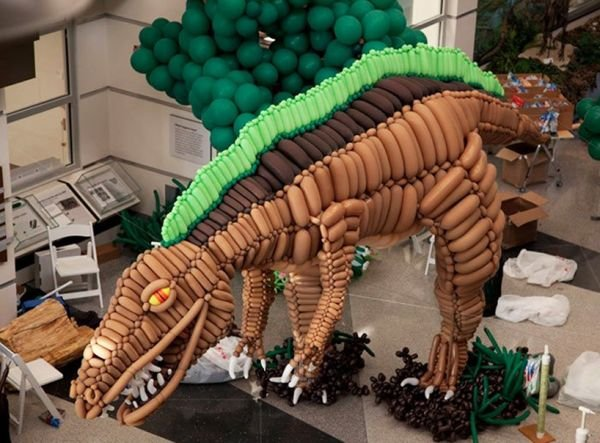 20-Foot Long Balloon Dinosaur: Pop Goes the World