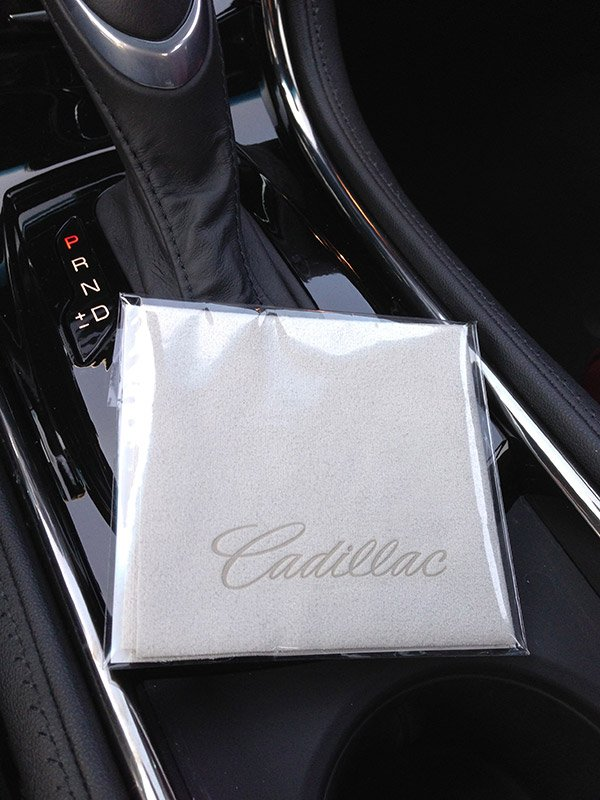 cadillac_cleaning_cloth
