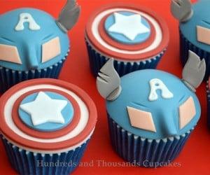 Captain America Cupcakes: Cuptain Americake