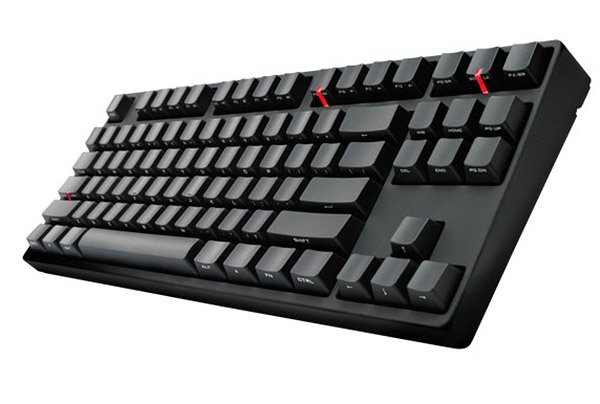 QuickFire Stealth Keyboard Gives Geeks the Clicky Keys They Love