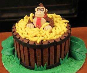 Donkey Kong Cake is Totally Bananas