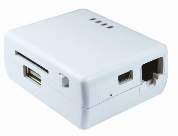 Apotop DW09 Wireless SD Card/USB Reader Adds the iPhone Ports You Always Wanted