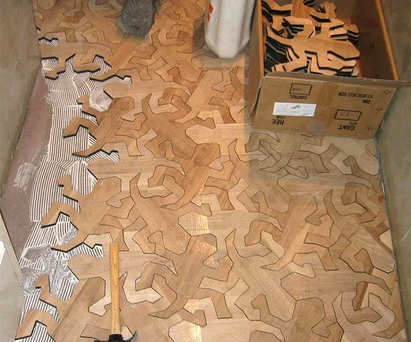 Escher Reptile Flooring: Lizards Under Foot!