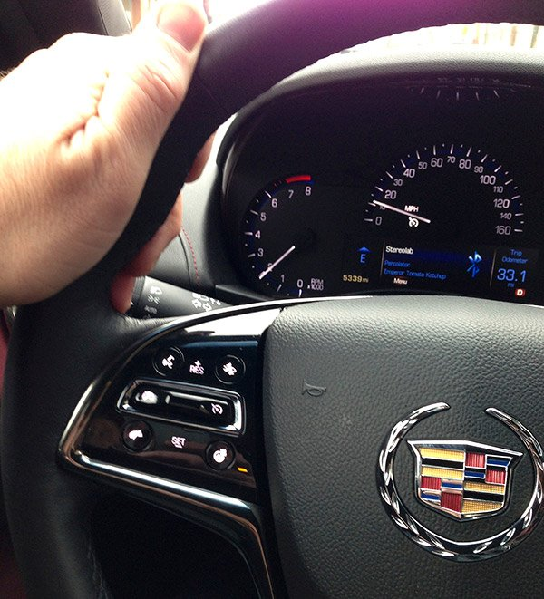 2013 cadillac ats loaded with tech not your daddy s caddy. Black Bedroom Furniture Sets. Home Design Ideas