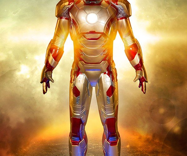 Iron Man Mk. 42 Life-Size Figure: Iron Statue