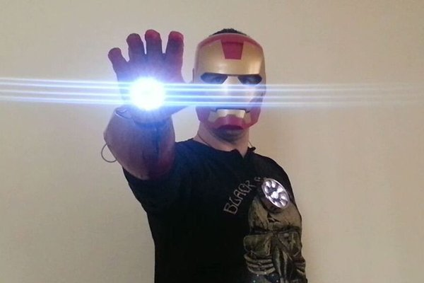 DIY Iron Man Muscle-Controlled Repulsor Glove: Jedi Muscle Trick