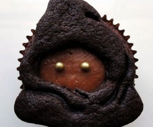 Vegan Jawa Cookie Cupcakes: Tatooine Treats