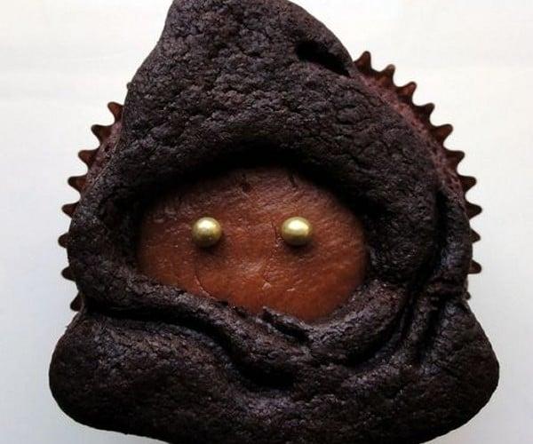 Vegan Jawa Cookie Cupcakes: Tatooine Treats