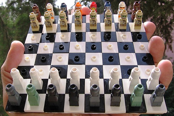 lego-star-wars-micro-chess-set-by-avi-solomon-2