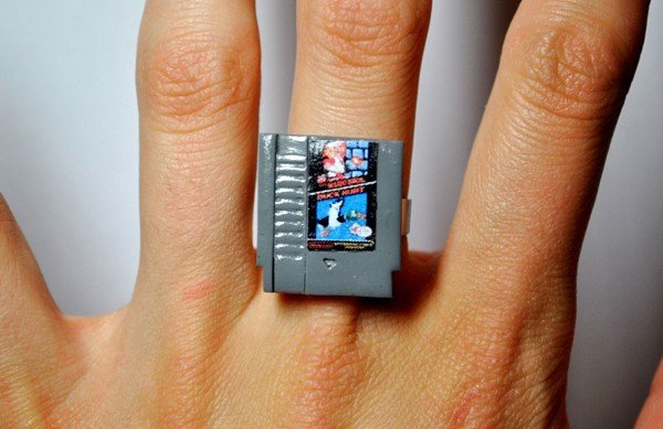 nintendo-nes-cartridge-ring-by-jess-firsoff-2