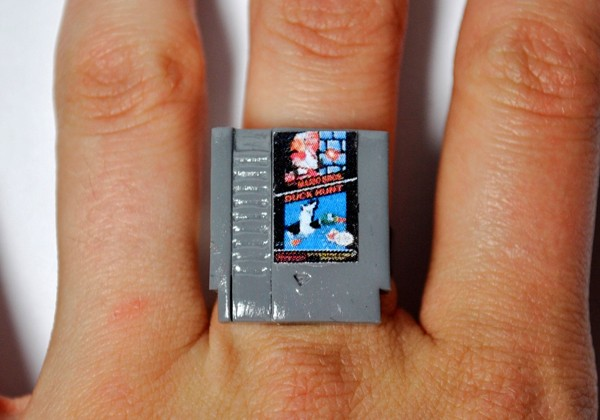 nintendo-nes-cartridge-ring-by-jess-firsoff-3