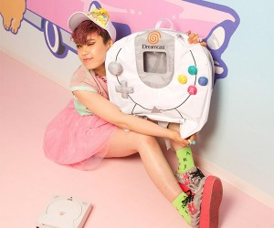 SEGA Dreamcast Controller Backpack: Where's my VMU?