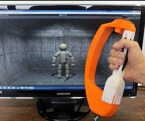 Reactive Grip Haptic Feedback Motion Controller Adds Shake Shake to Pew Pews