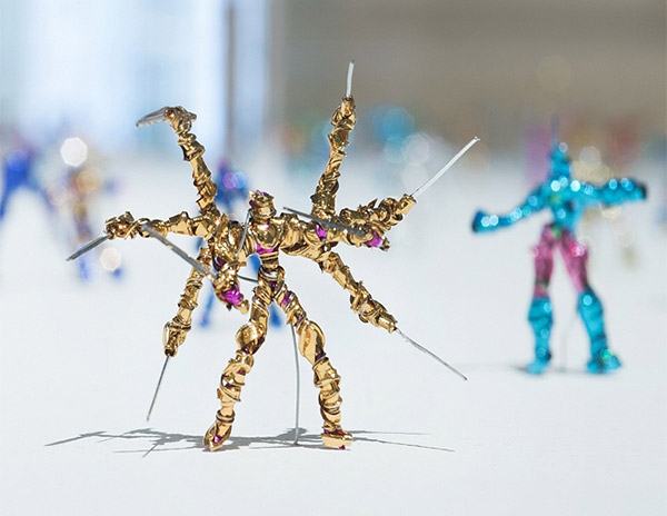 Twist Tie Action Figures: Battle of the Bent
