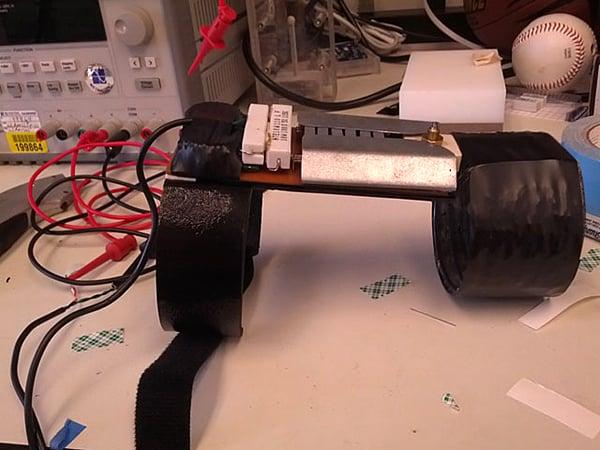 LED-engagement-ring-transmitter-by-ben-kokes
