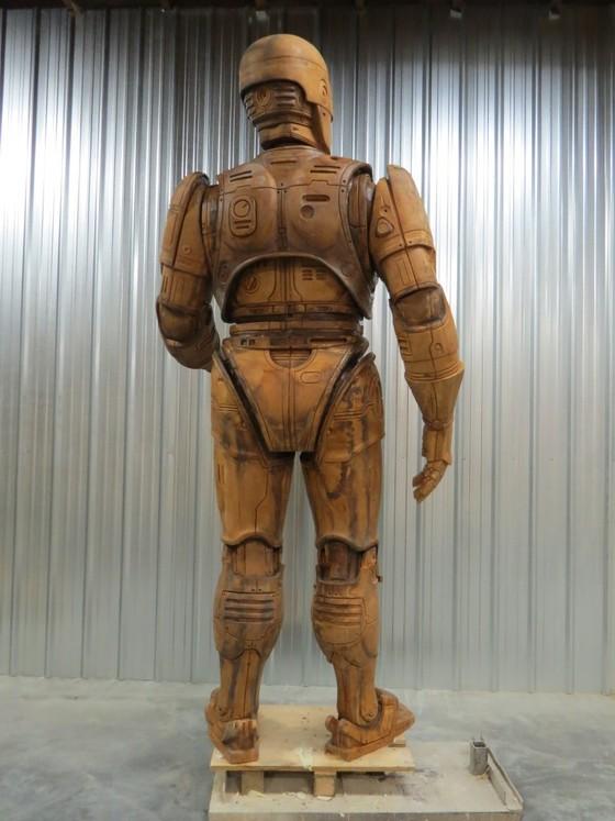 Robocop statue1