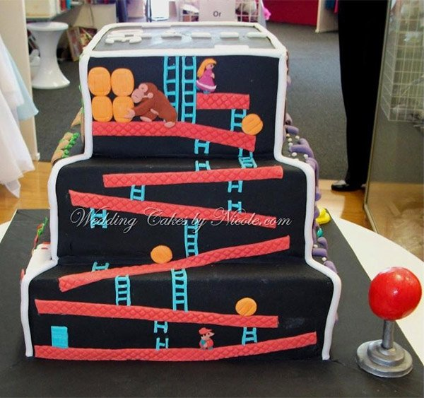 arcade cake 4