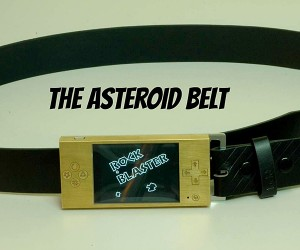 Belt Buckle Retro Gaming System Will Make Geeks Kneel Before You