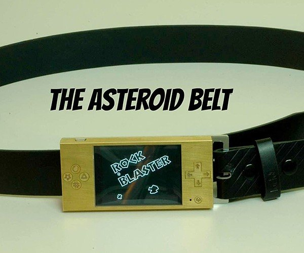 Belt Buckle Retro Gaming System Will Make Geeks Kneel Before You