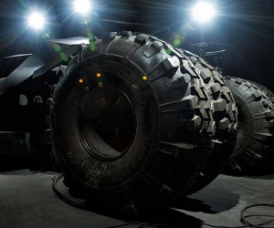 batman tumbler replica by team gulag and parker brothers concepts 4 300x250