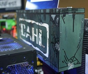 borderlands 2 pc case mod by crazylefty 4 300x250