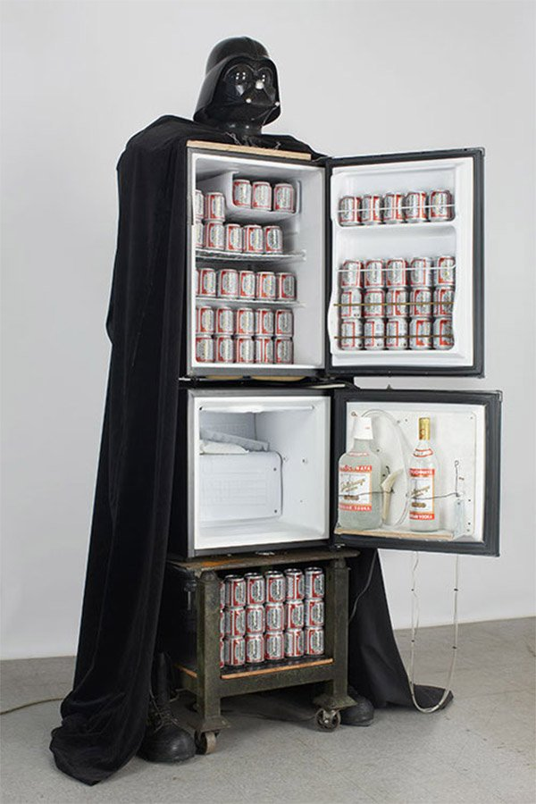 Man Cave Items To Buy : Darth vader beer fridge use the frost luke technabob
