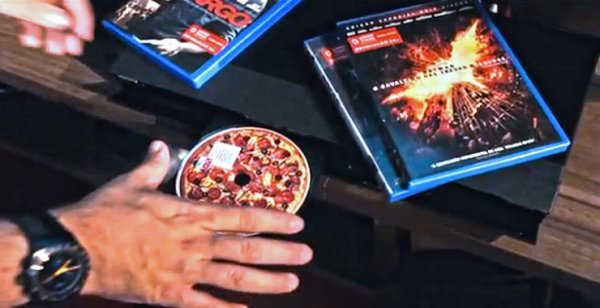 Dominos Wants You to Smell Pizza when You Play a DVD