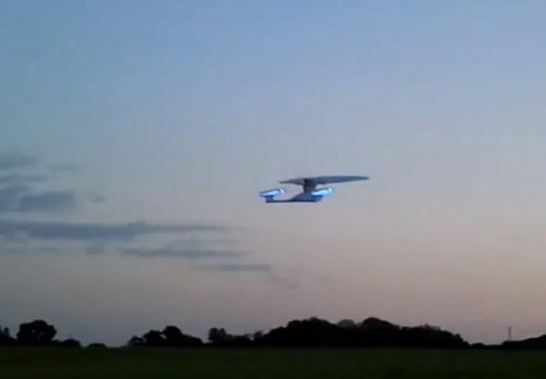 Flying R/C Enterprise NCC 1701-D: Captain, The Rechargeables Can't Hold Her Much Longer!