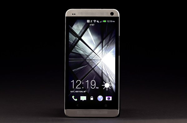 htc one review smartphone android silver photo