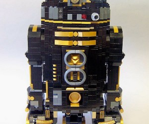 lego r2 d2 by matt armstrong monsterbrick 5 300x250