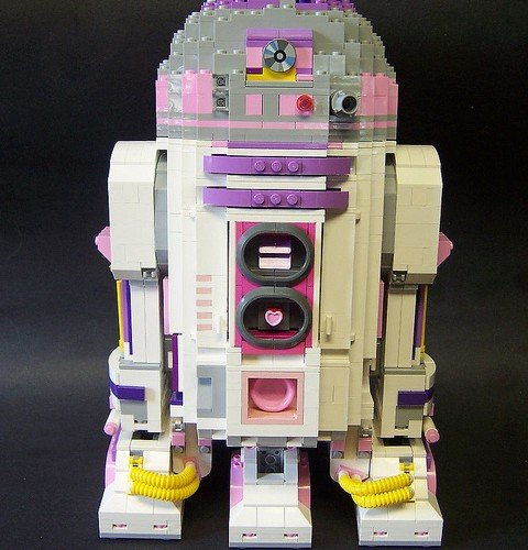 lego-r2-d2-by-matt-armstrong-monsterbrick-7