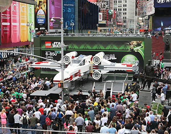 Full-Scale LEGO X-Wing Fighter Lands in Times Square