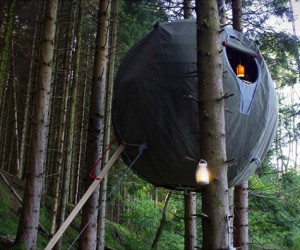 Luminair Tree Tent: The Architects' Treehouse