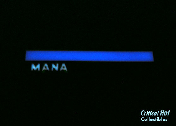 mana-bar-necklace-by-critical-hit-collectibles-2