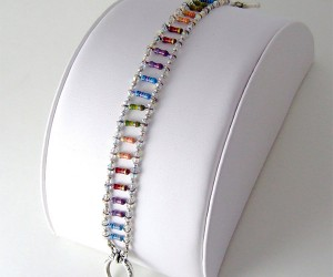 Girls Won't Be Able to Resist this Rainbow Resistor Bracelet
