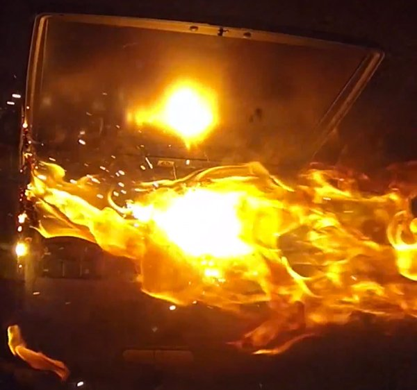 self destruct laptop thermite hack by hack a day