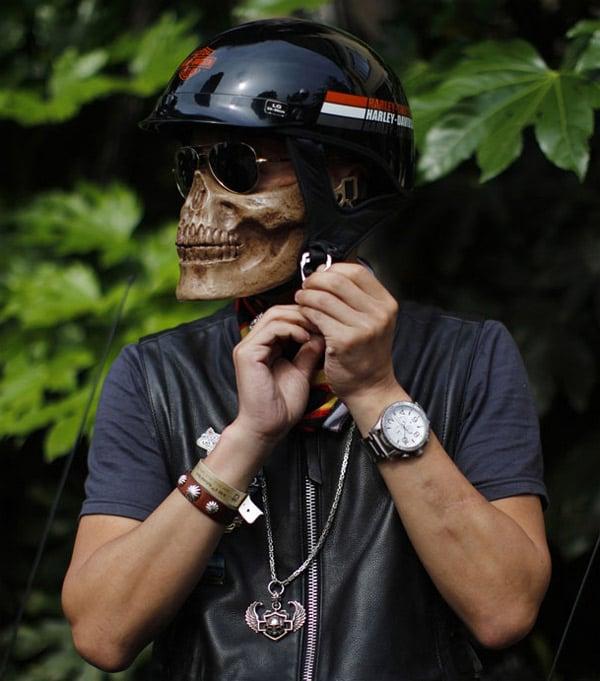 skeleton helmet
