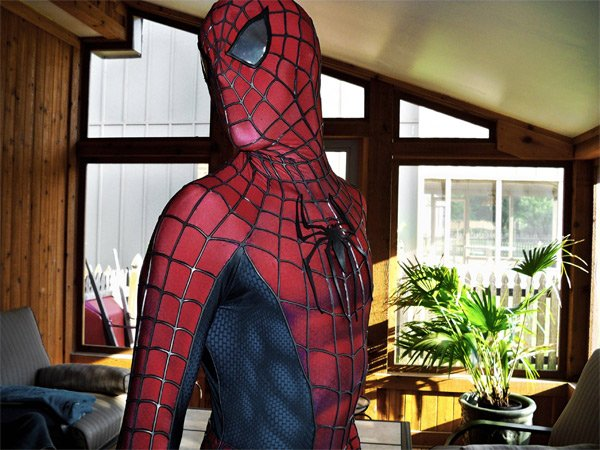 Amazing Spider-Man Costume: Does Whatever a Spider-Man Costume Does