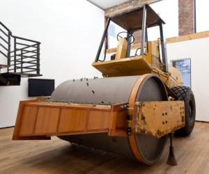 Steamroller Music Box Plays Star Spangled Banner, Though It's a Little Flat