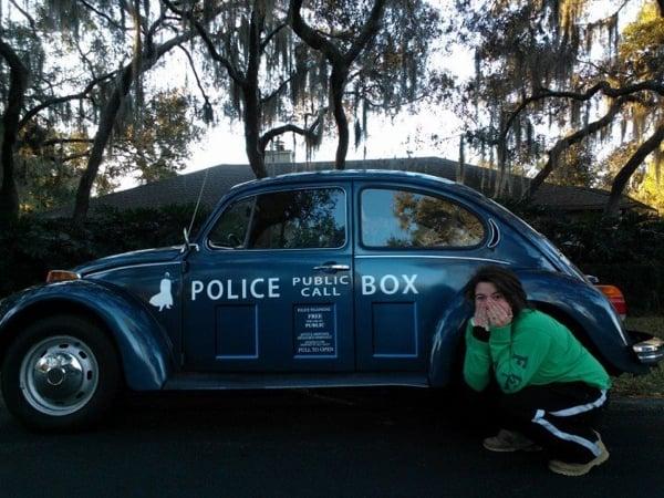 TARDIS VW Beetle: Fahrverwhügen