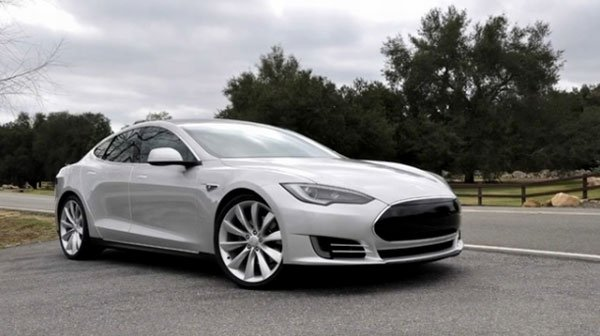 Tesla Talks with Google about Self-Driving Vehicle Systems
