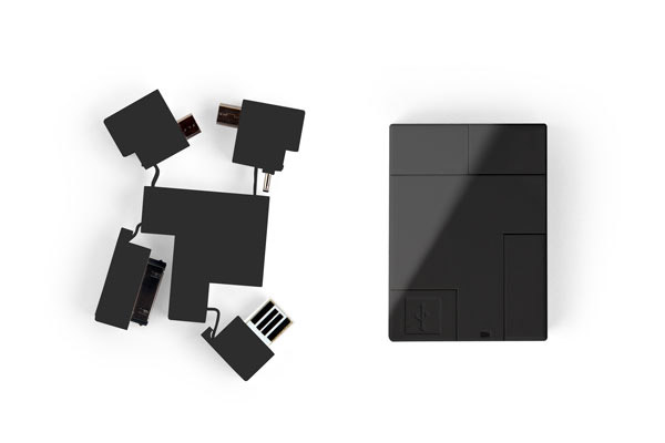 USB 5-in-1 Adapter Looks Like the World's Simplest Puzzle