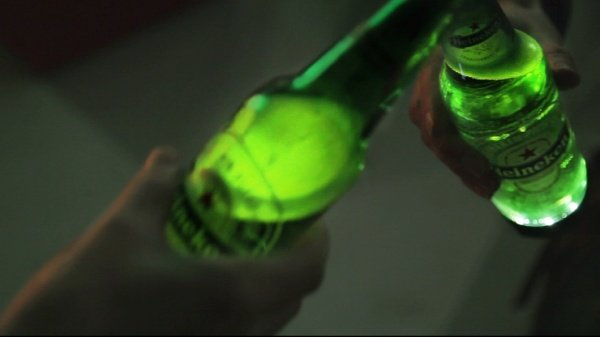 Heineken's Interactive Beer Bottle Lights up With Every Sip