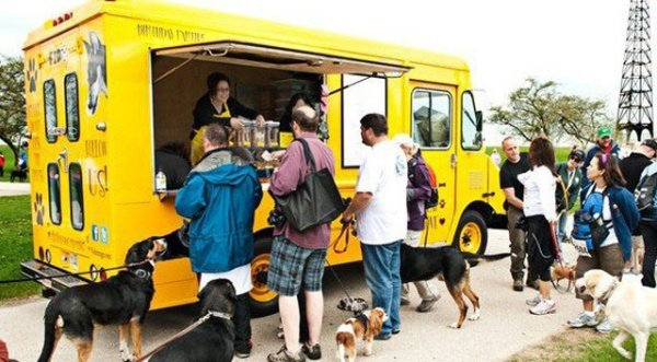 Gourmet Pet Food Truck