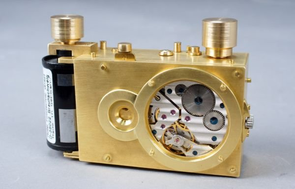 The Heartbeat is a Pinhole Camera Powered by a Watch Movement