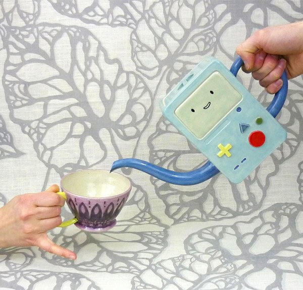 bmo_teapot_cups