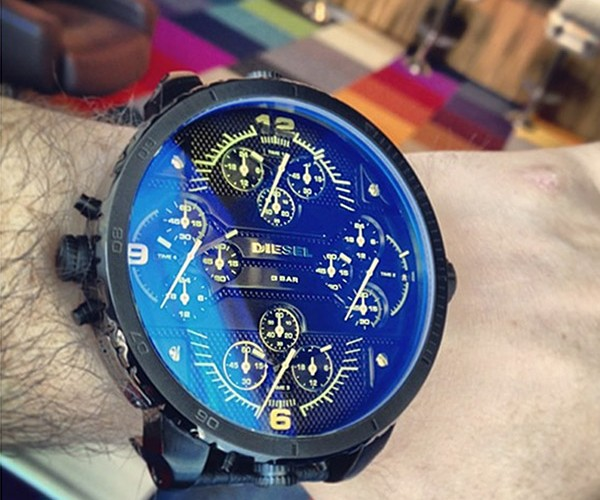 "Diesel outs ""World's Largest"" Wristwatch – The Grand Daddy"