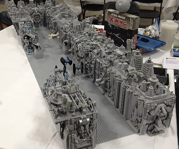 LEGO Death Star Trench Run: Okay Kid, Lets Build This Thing and Go Home