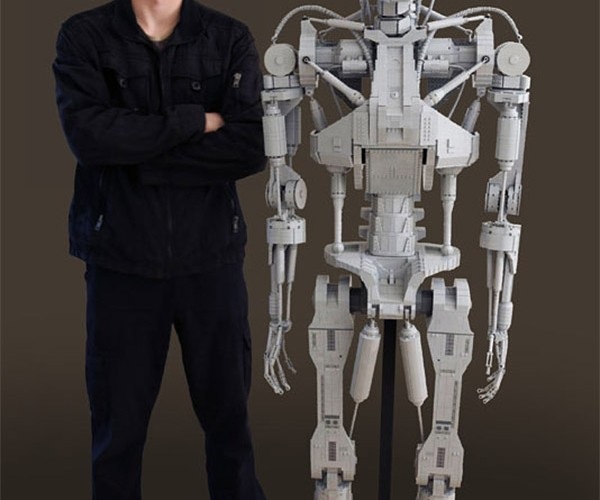 Life-Size LEGO T-800 Terminator: I'll Be Brick